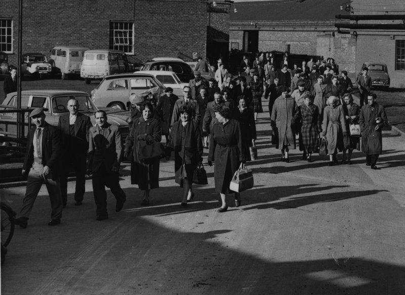 Home time, 7 Nov 1960Carpet Trades (Berrows photo)