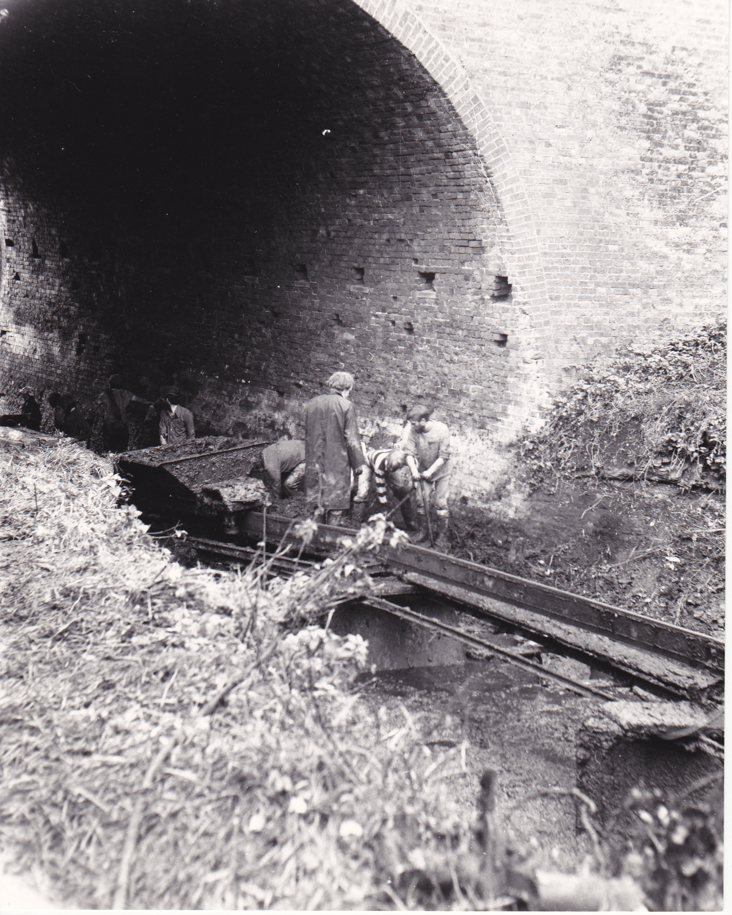 11. Navvies in Salwarpe Cutting